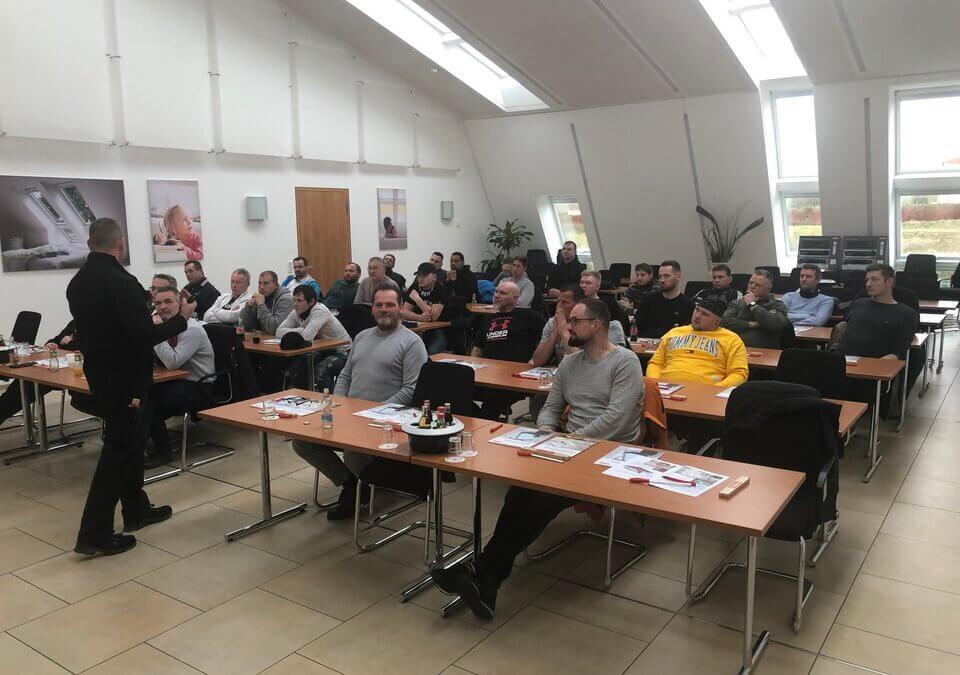 Schulung und Qualifikation: Wolfgang Blum GmbH & Co. KG